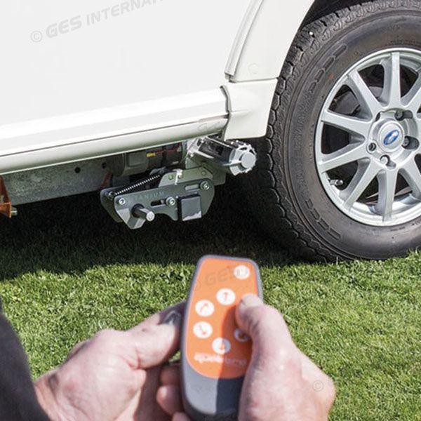 0009737 dispositif pour le deplacement de caravane a telecommande quattro titanium